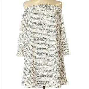 XS tart off the shoulder dress